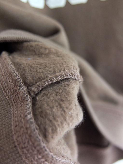 イタリア子供服 DOUUOD 秋冬コレクション HELLO裏起毛トレーナー