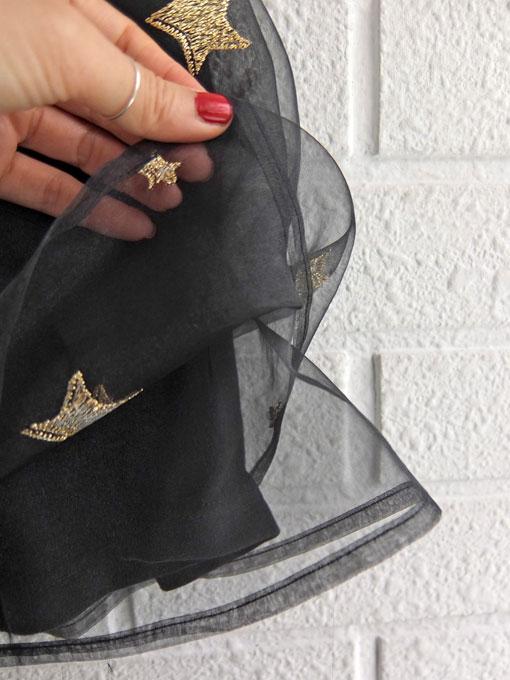 イタリア子供服 DOUUOD 秋冬コレクション 星刺繍オーガンジースカート