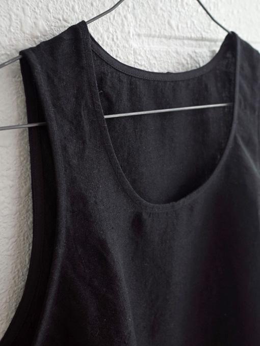 Le vestiaire de jeanne VDJ Sleeveless blouse, U neck Uネックリネンノースリーブブラウス